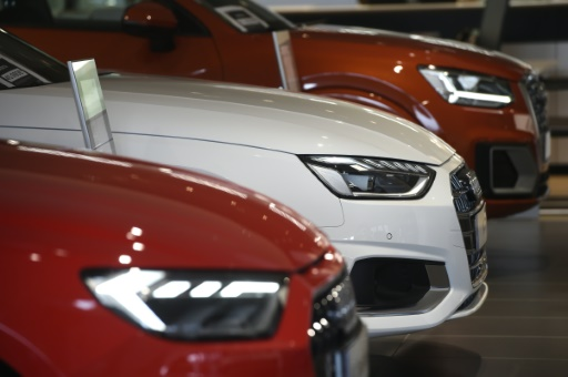 EU auto market set for first drop in seven years: carmakers